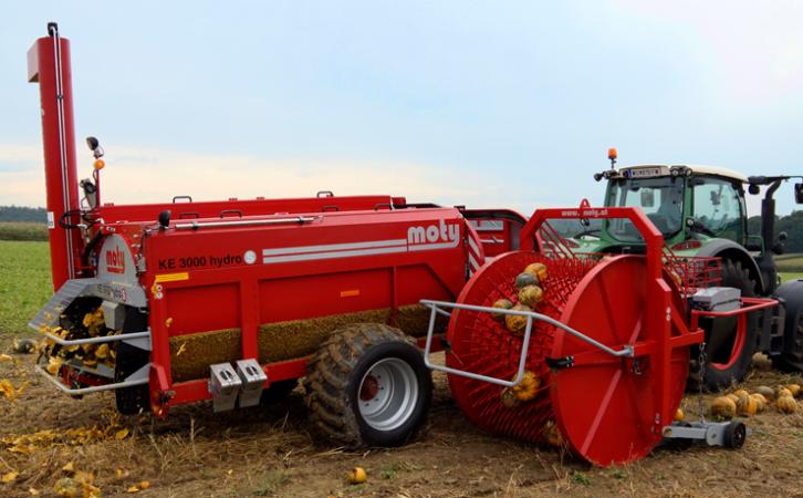 KE 3000 hydroS pumpkin seed harvester