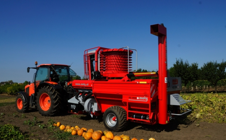 KE 2000 mechanic pumpkin seed harvester